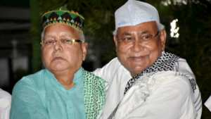 Is Nitish Kumar waiting for the bad day of Lalu Prasad Yadav? 2