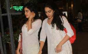 Jahnavi Kapoor appeared in beautiful Pink dress at Mumbai airport .... See latest photos 3