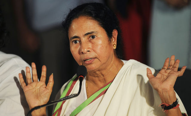 Mamata banerjee supreme court Aadhar case